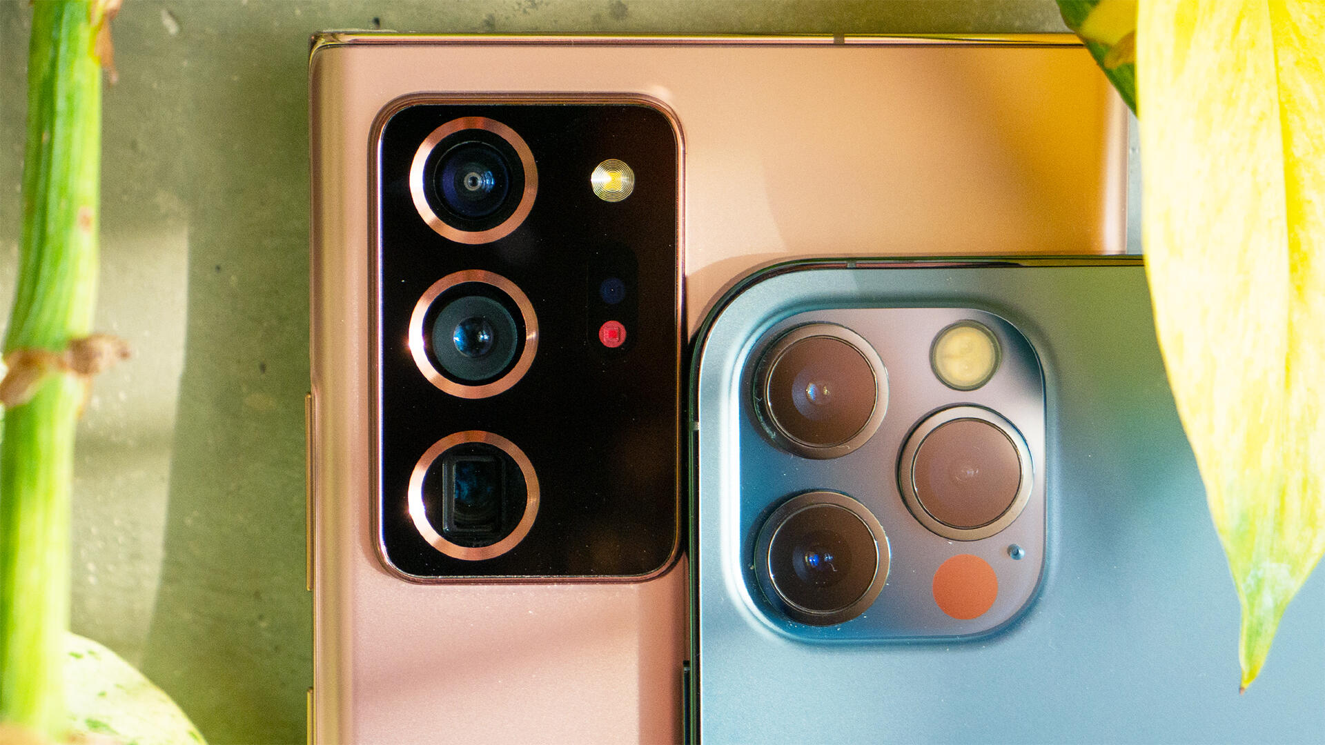 Video: Comparing iPhone 12 Pro and Note 20 Ultra cameras