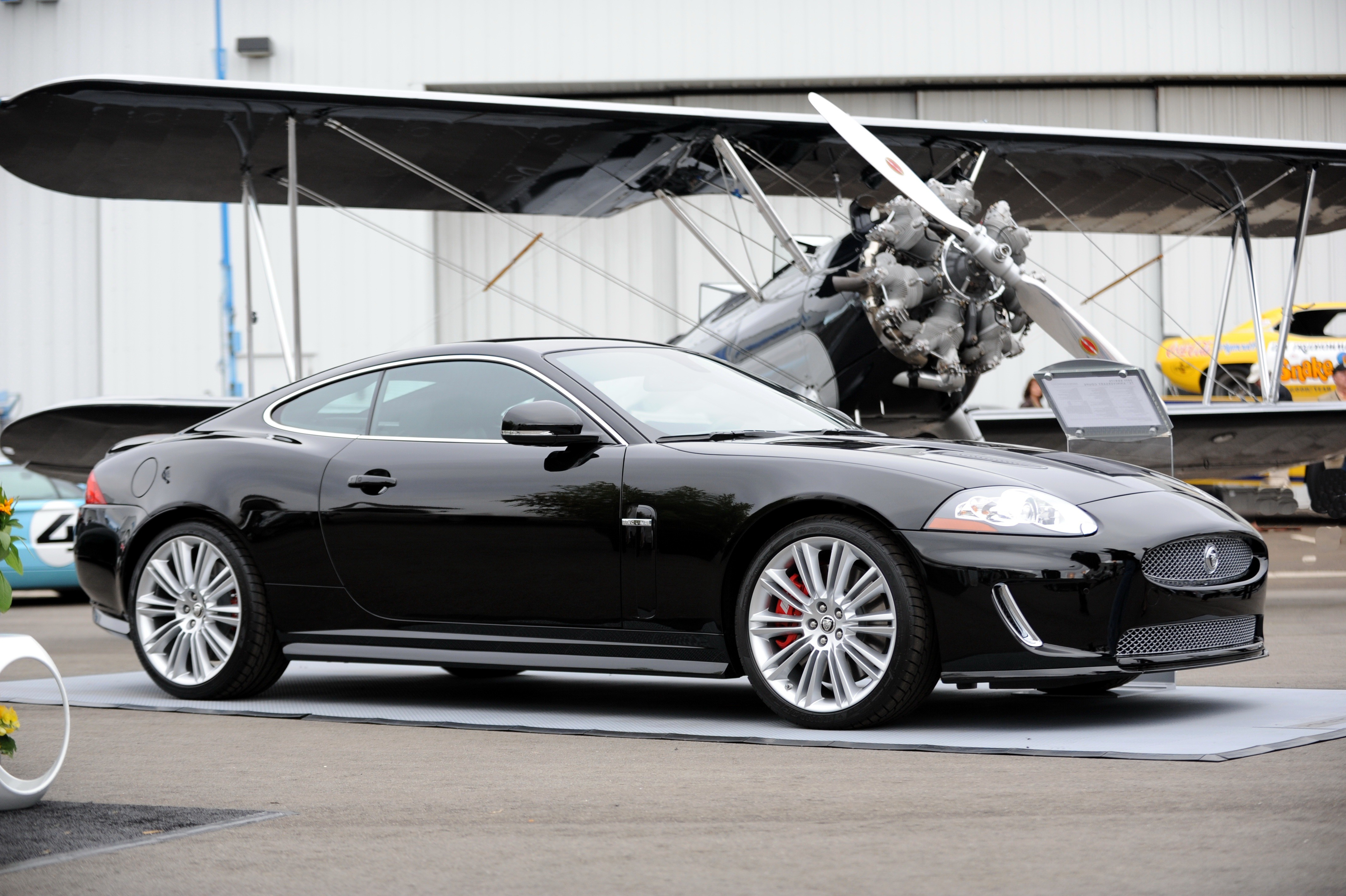 Jaguar celebrates its 75th with the sportier limited edition XKR175.