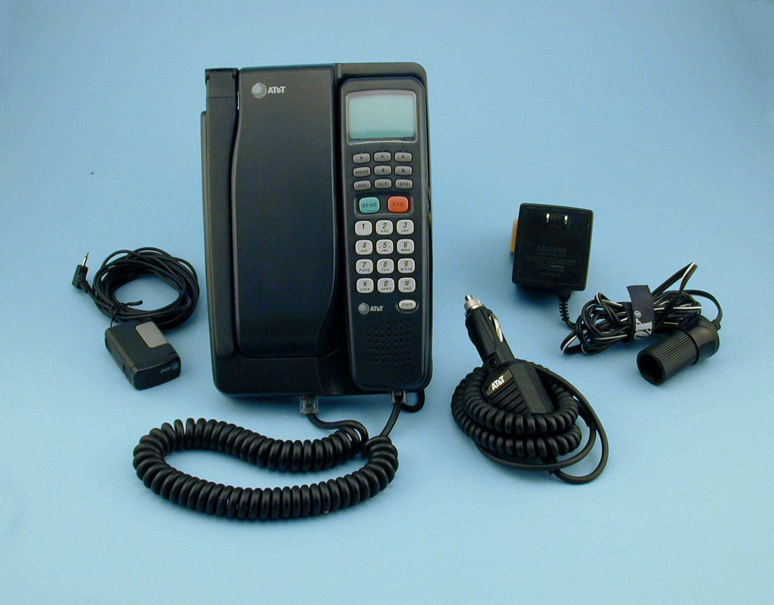 at-t-3045-bag-cell-phone-1994