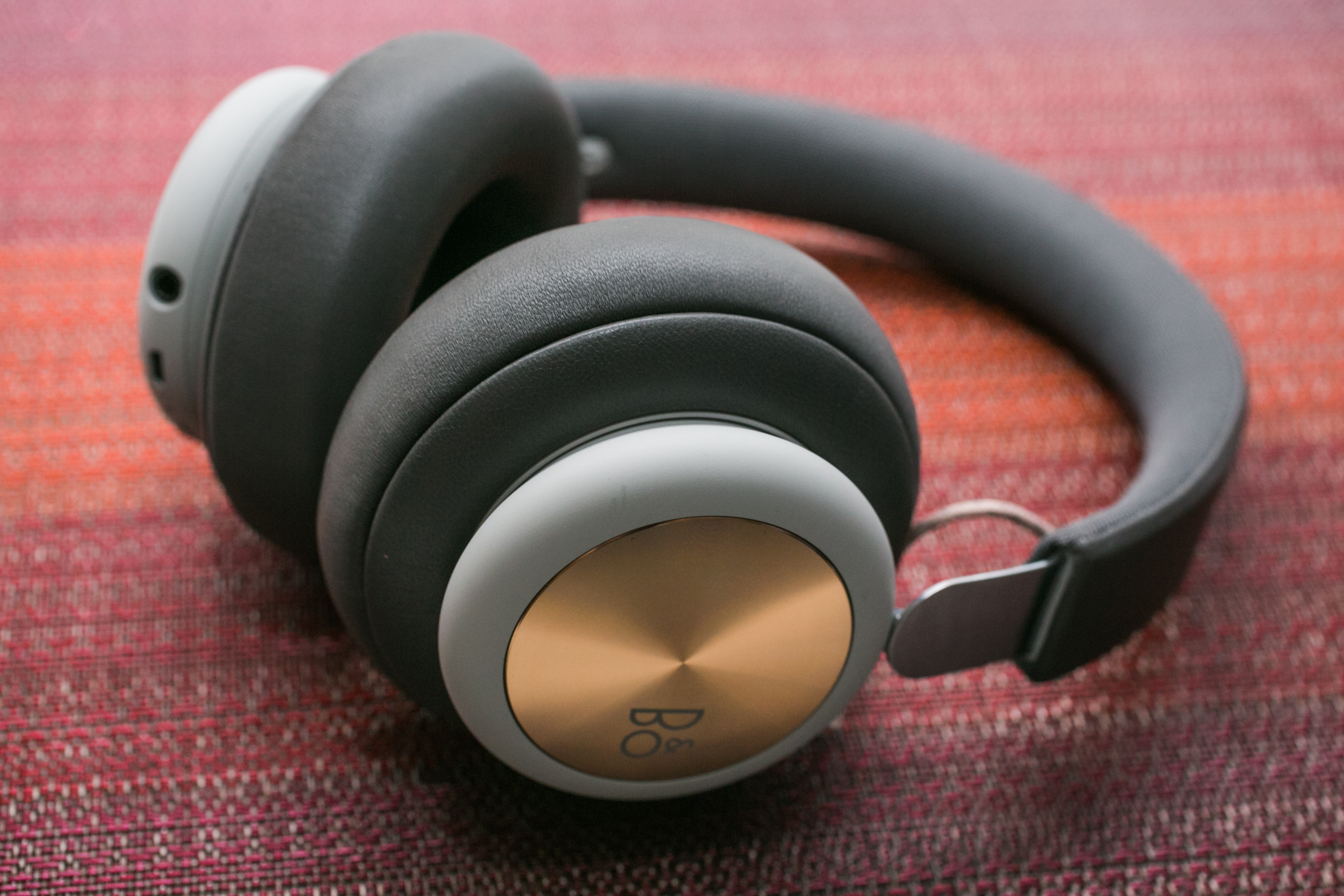 B&O Play by Bang and Olufsen Beoplay H4