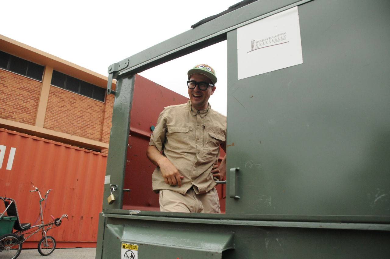 Prof. Dumpster laughing
