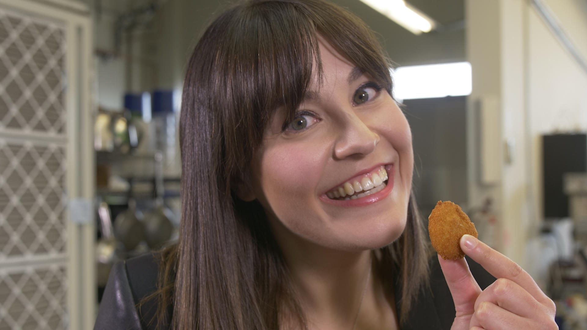 Video: Trying a lab-grown chicken nugget