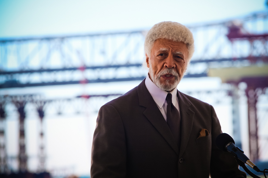 Oakland Mayor Ron Dellums