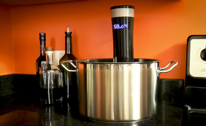 The Sansaire Sous Vide Circulator by Scott Heimendinger is set to become an everyday household kitchen appliance.