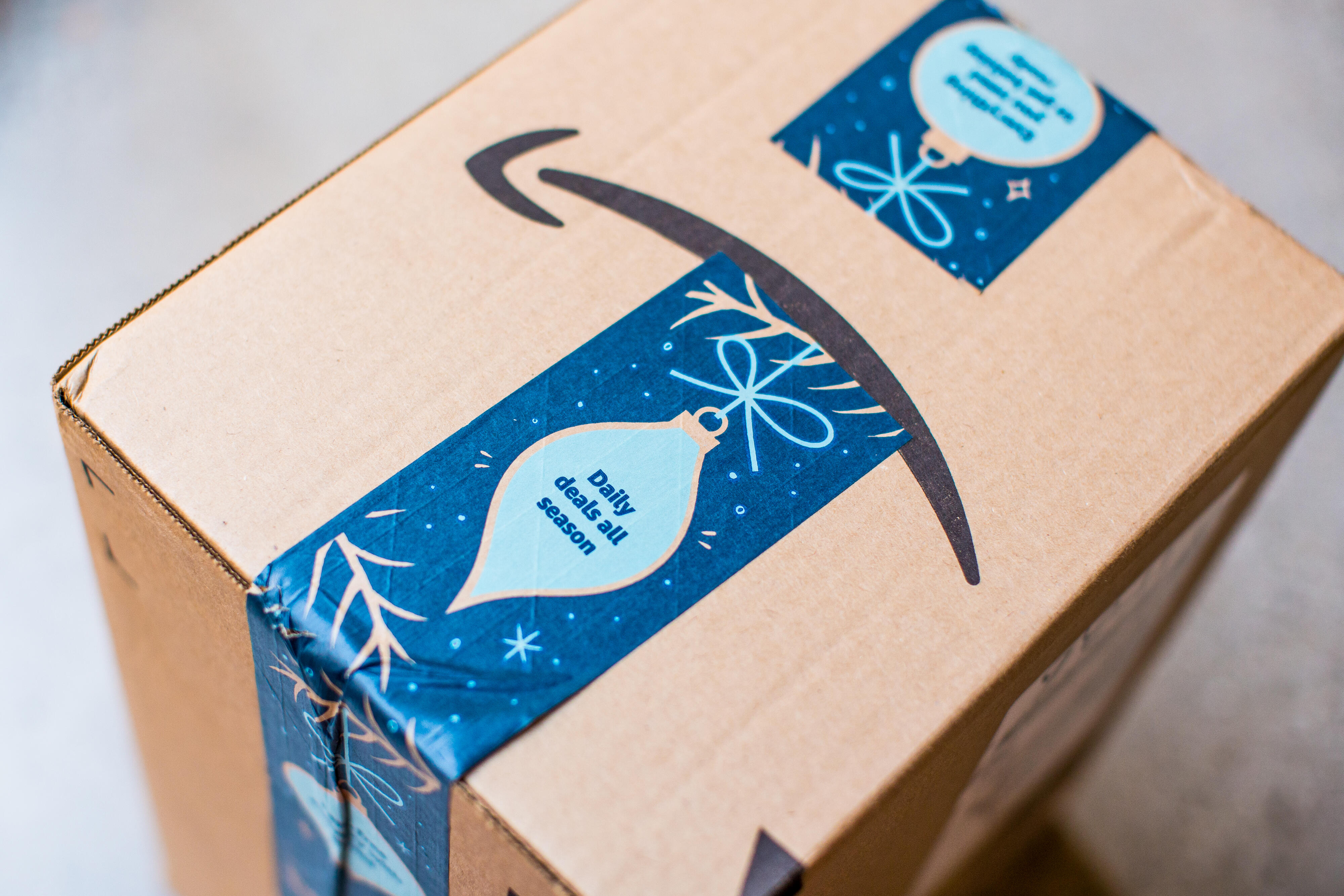 amazon-delivery-box-3669