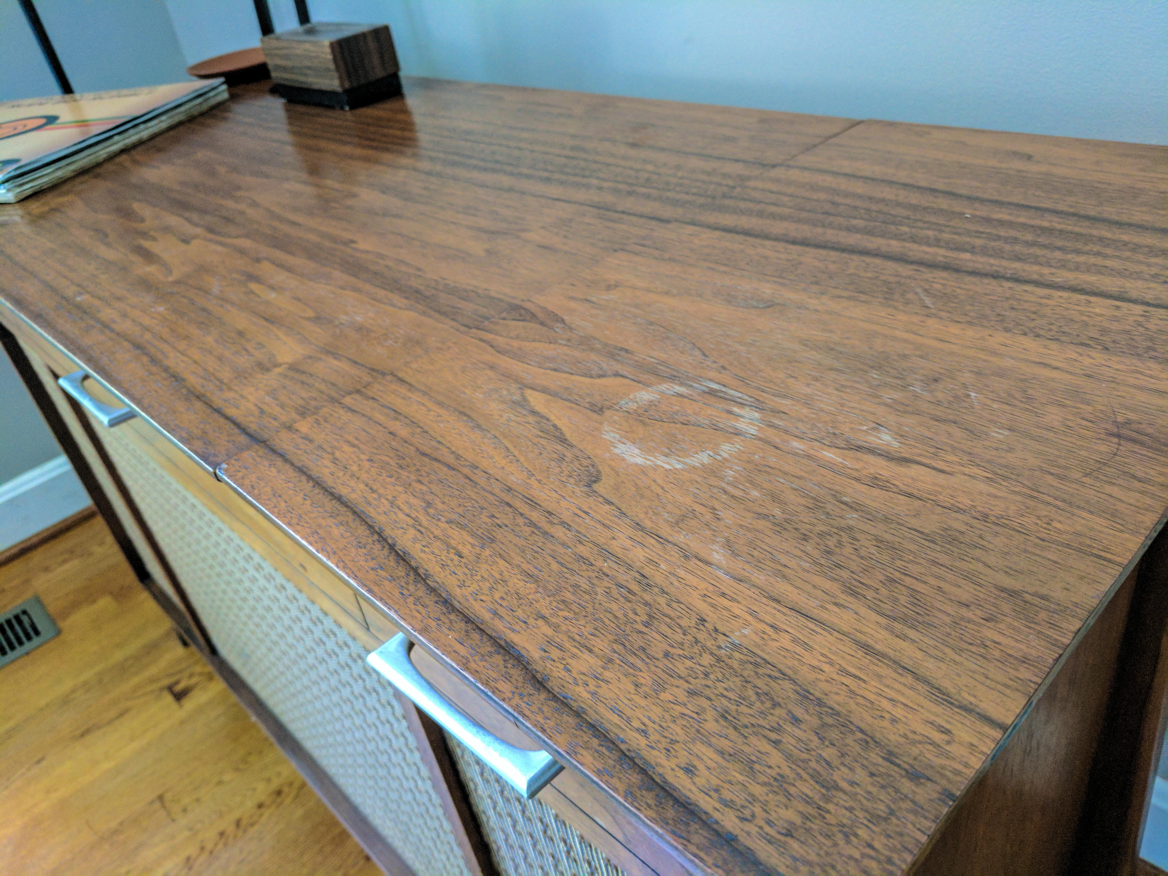 How To Remove Water Stains From Wood Furniture Cnet - How To Remove Water Marks Off Wooden Table