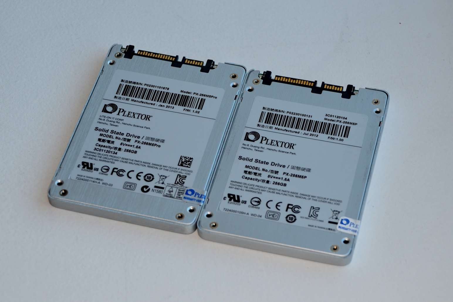 The M5 Pro Xtreme (left) is almost identical to the M5 Pro.