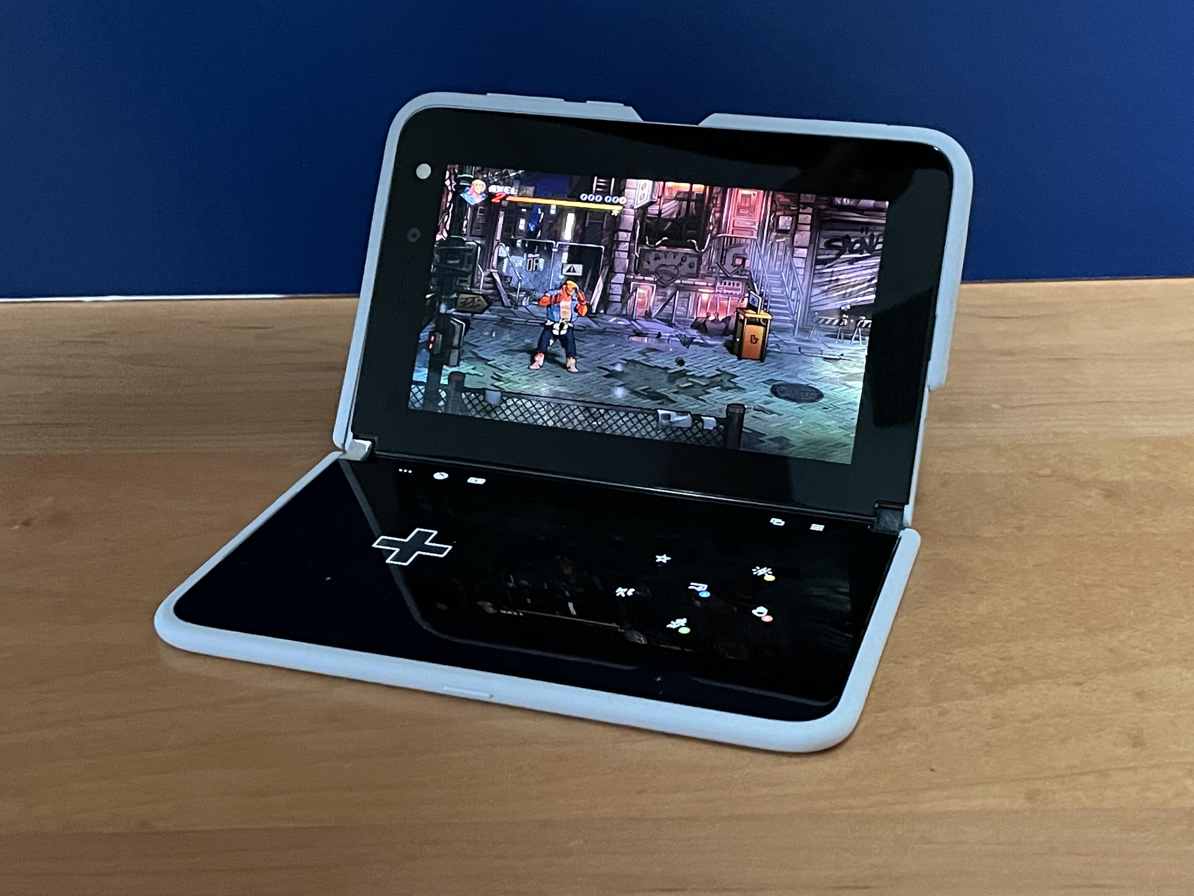 <p>Streets of Rage 4 on the Microsoft Surface Duo: cloud gaming meets touch controls via Game Pass Ultimate.</p>