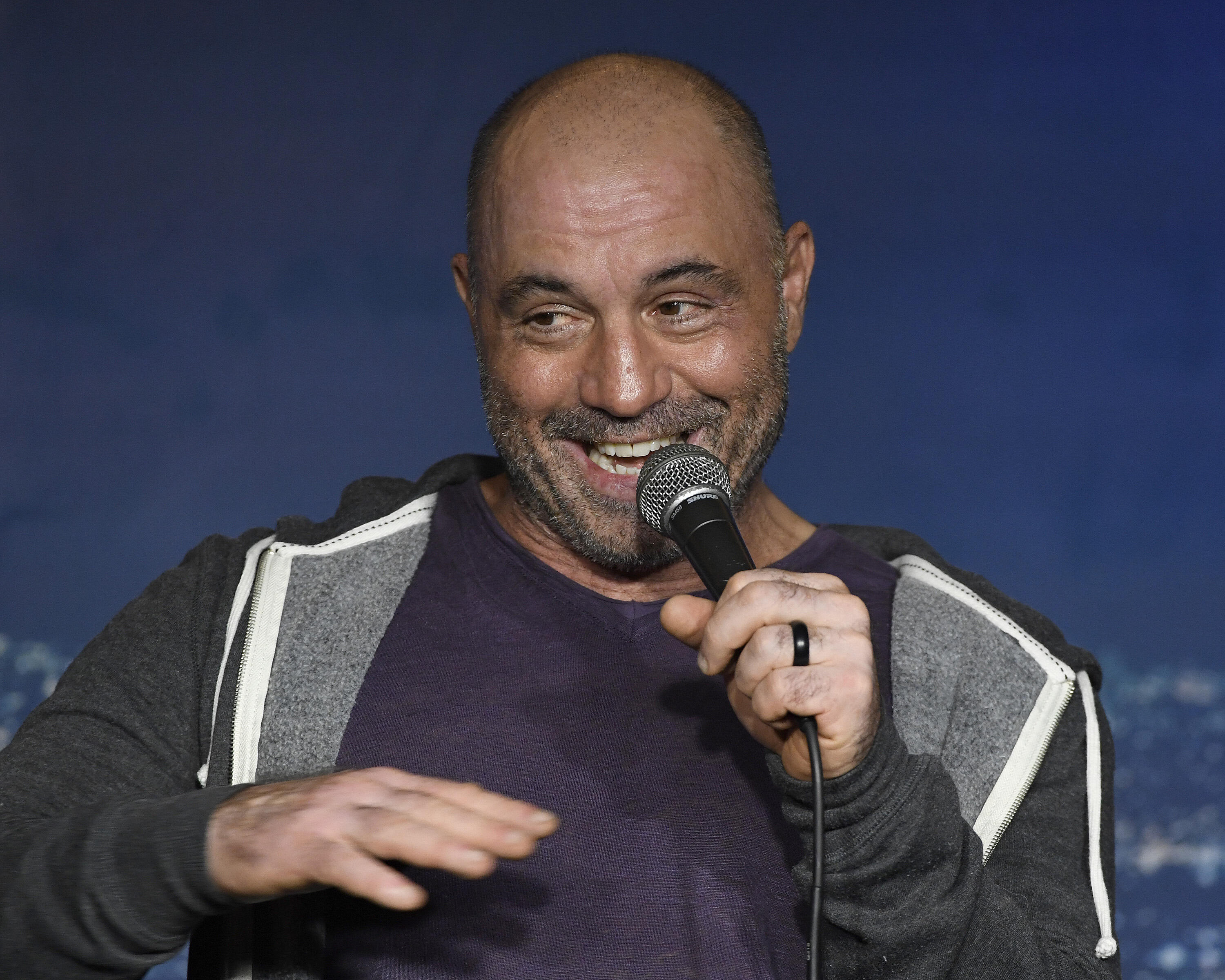 joe-rogan-gettyimages-1166802146
