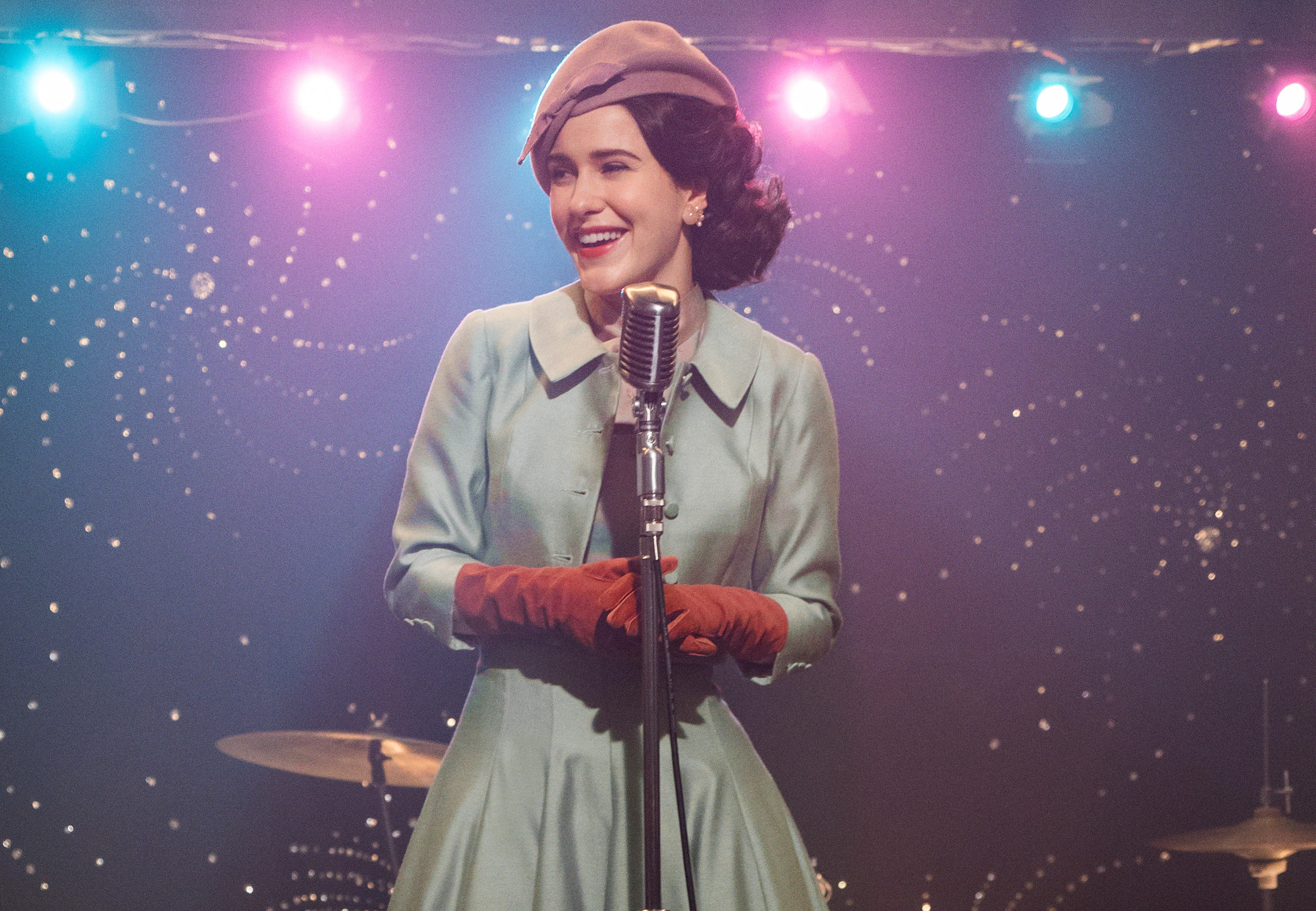 the-marvelous-mrs-maisel-season-two-mmm-201-01618-rt3-fnlcrop-rgb