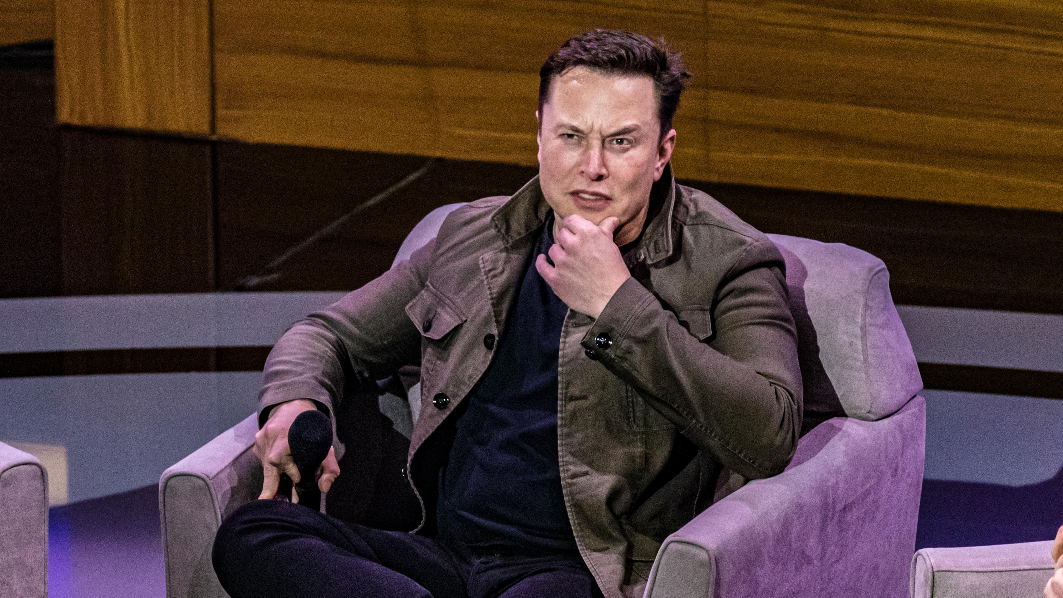 Elon Musk weighs in on Epic Games v. Apple suit
