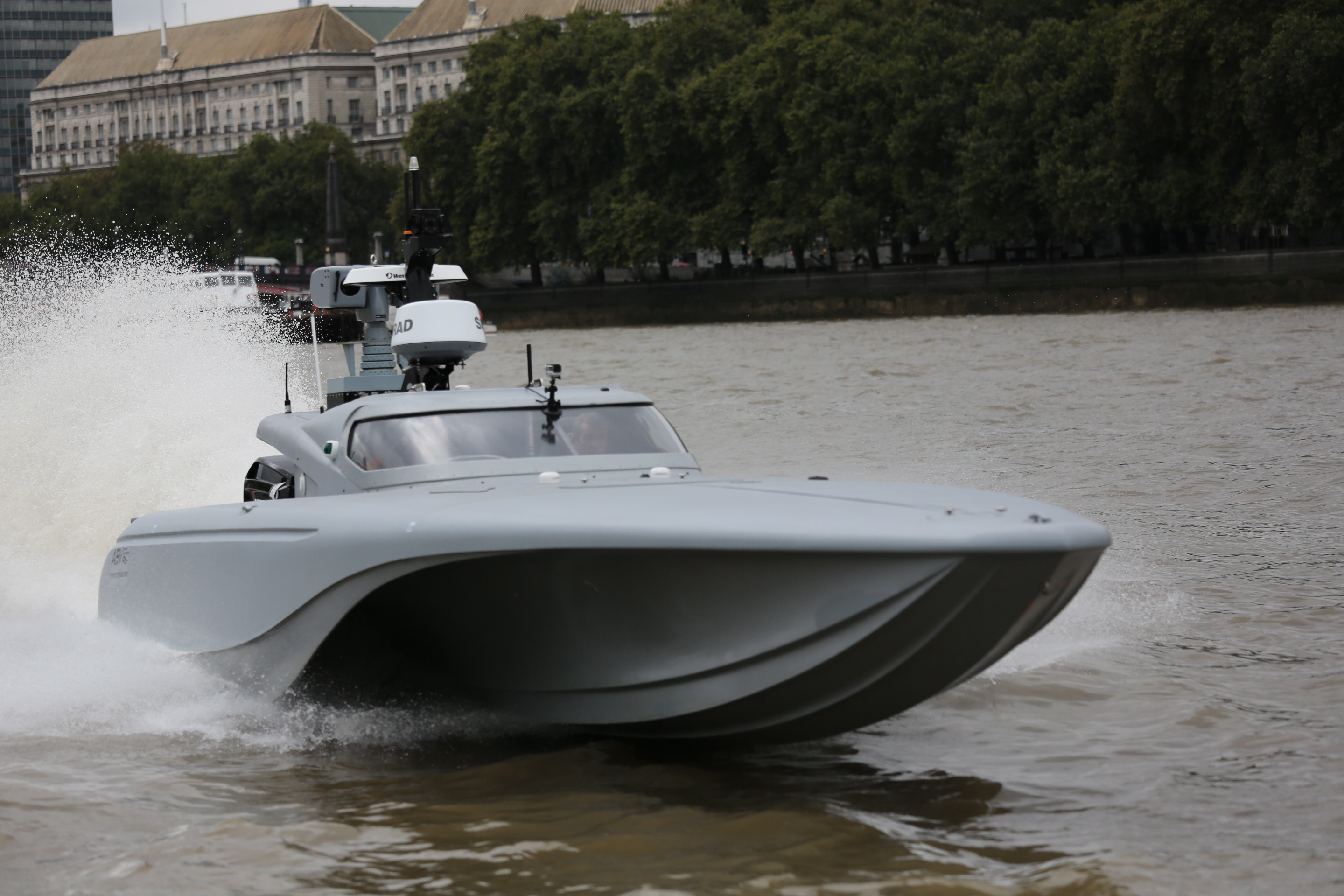 mod-mast-royal-navy-drone-boat-tower-bridge5.jpg