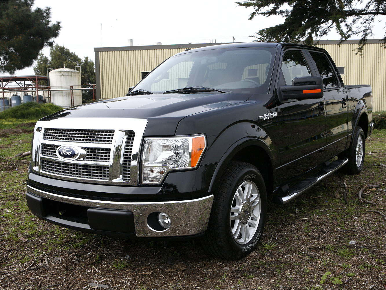 2009 ford f 150 4x2 supercrew lariat release date price. Black Bedroom Furniture Sets. Home Design Ideas