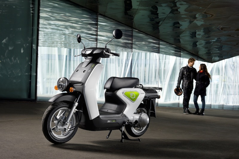 The Honda EV-neo zero-emissions electric scooter.