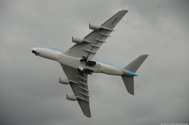 A380_underside_in_flight.jpg
