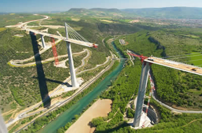 Millau Viaduct under construction