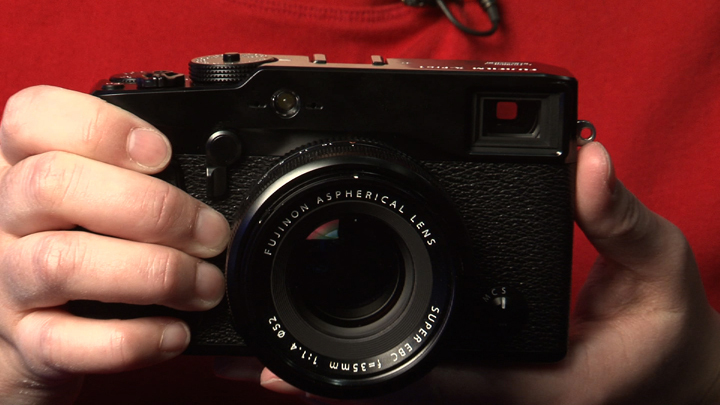 Video: A glimpse at the new Fujifilm X-Pro 1