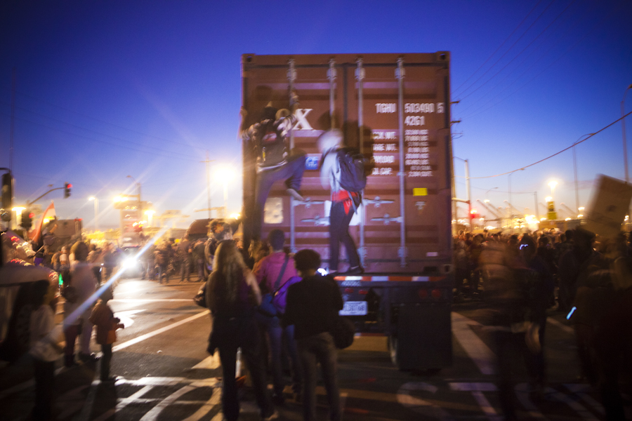 occupyoakland-port-3305.jpg
