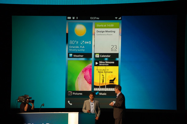 RIM shows off its BlackBerry 10 interface
