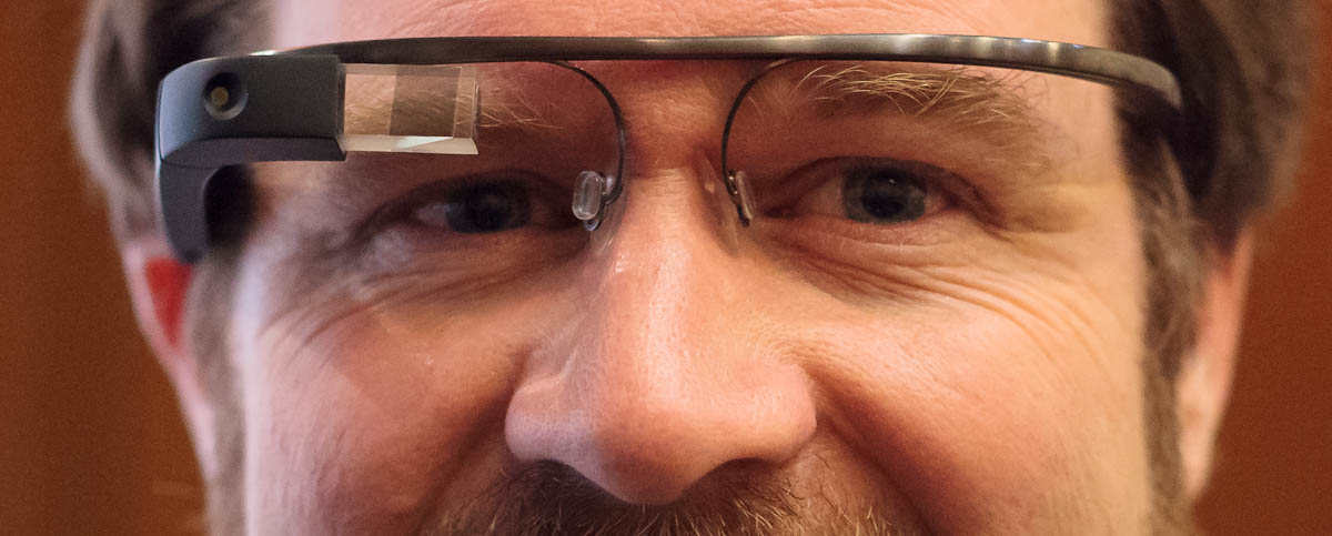 CNET writer Stephen Shankland wearing Project Glass prototypes.