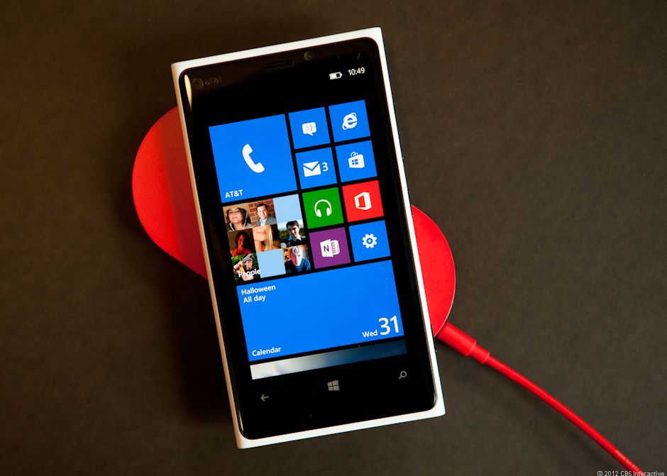 Wireless charging on the Nokia Lumia 920