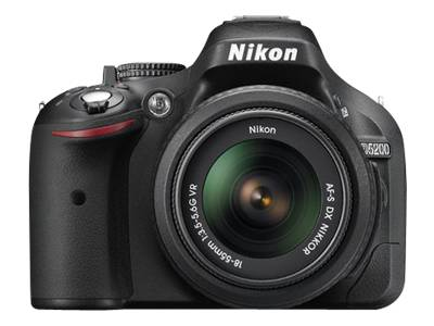 Nikon D5200 (with 18-140mm VR Lens, Black)