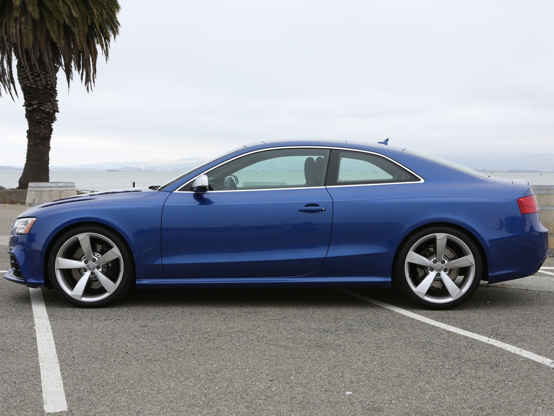 2013 audi rs 5 review cnet. Black Bedroom Furniture Sets. Home Design Ideas