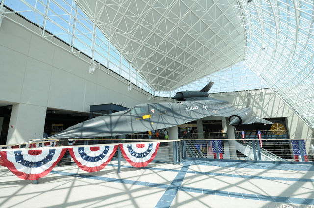 SR-71_Blackbird_from_SAC_museum.jpg