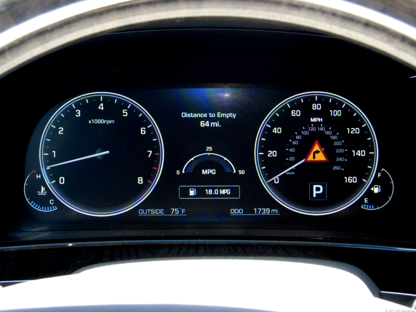 Hyundai's graphics make these virtual gauges look real.