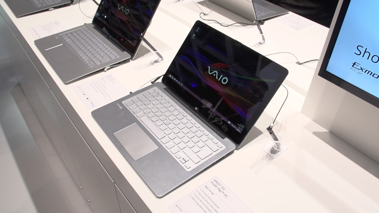 Video: Sony Vaio Flip shows off its hinges in hands-on video