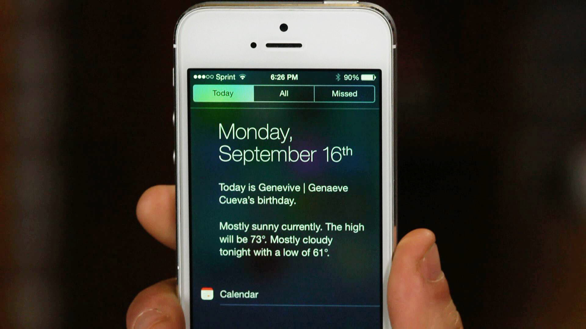 How to customize the Notification Center in iOS 7