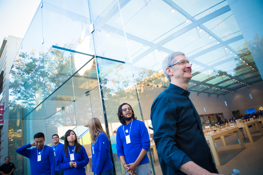 palo-alto-apple-store-iphone5S-3960.jpg