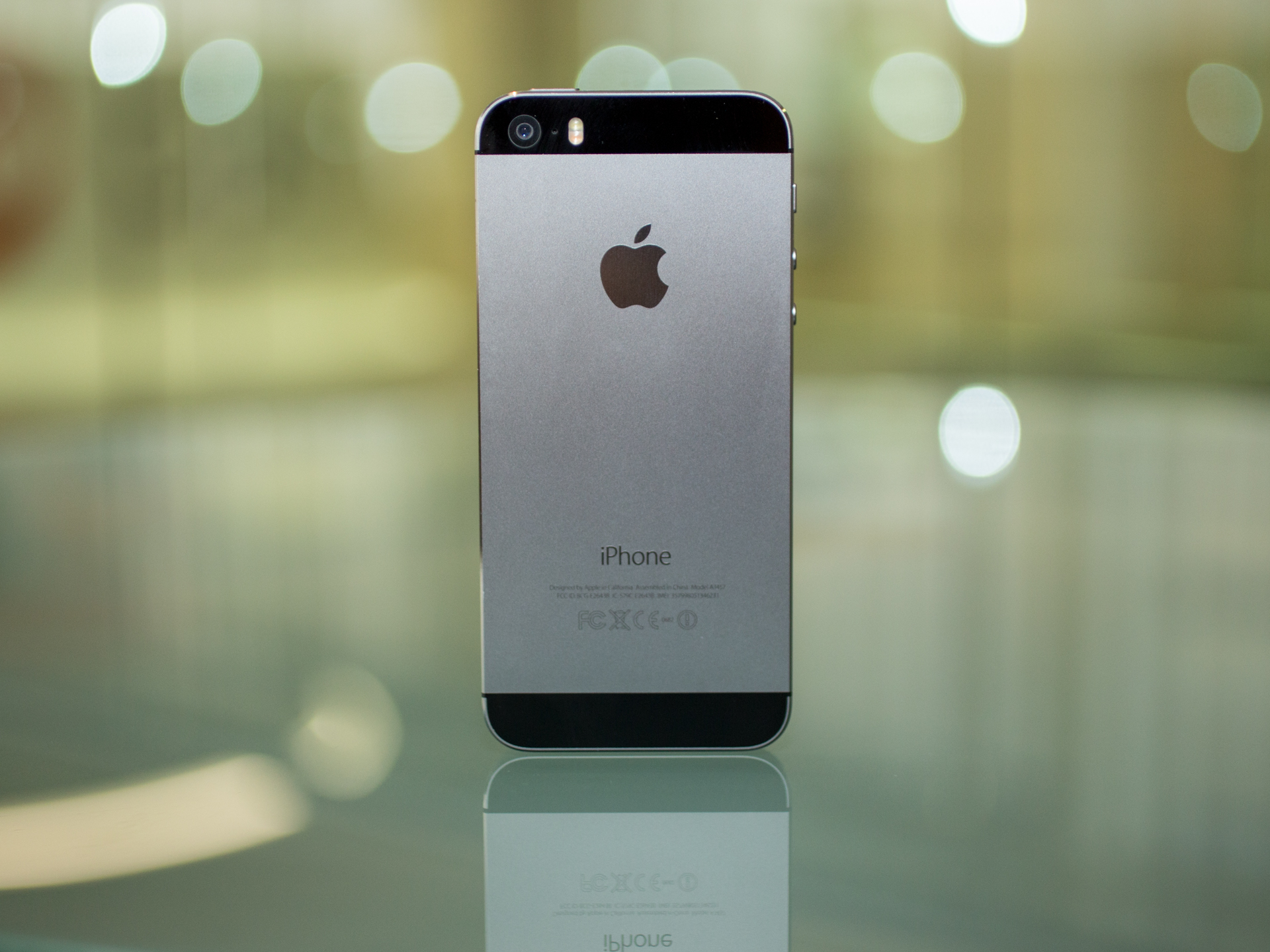 orig-apple-iphone-5s-2.jpg