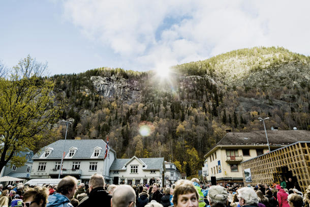 Giant mirrors shine winter sun on dark Norwegian town
