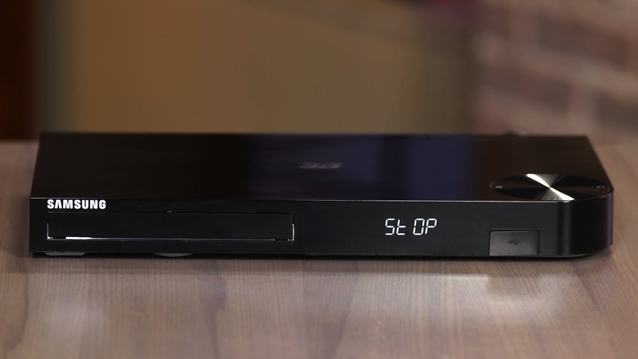 Video: The Samsung BD-F5900 Blu-ray player is an excellent value