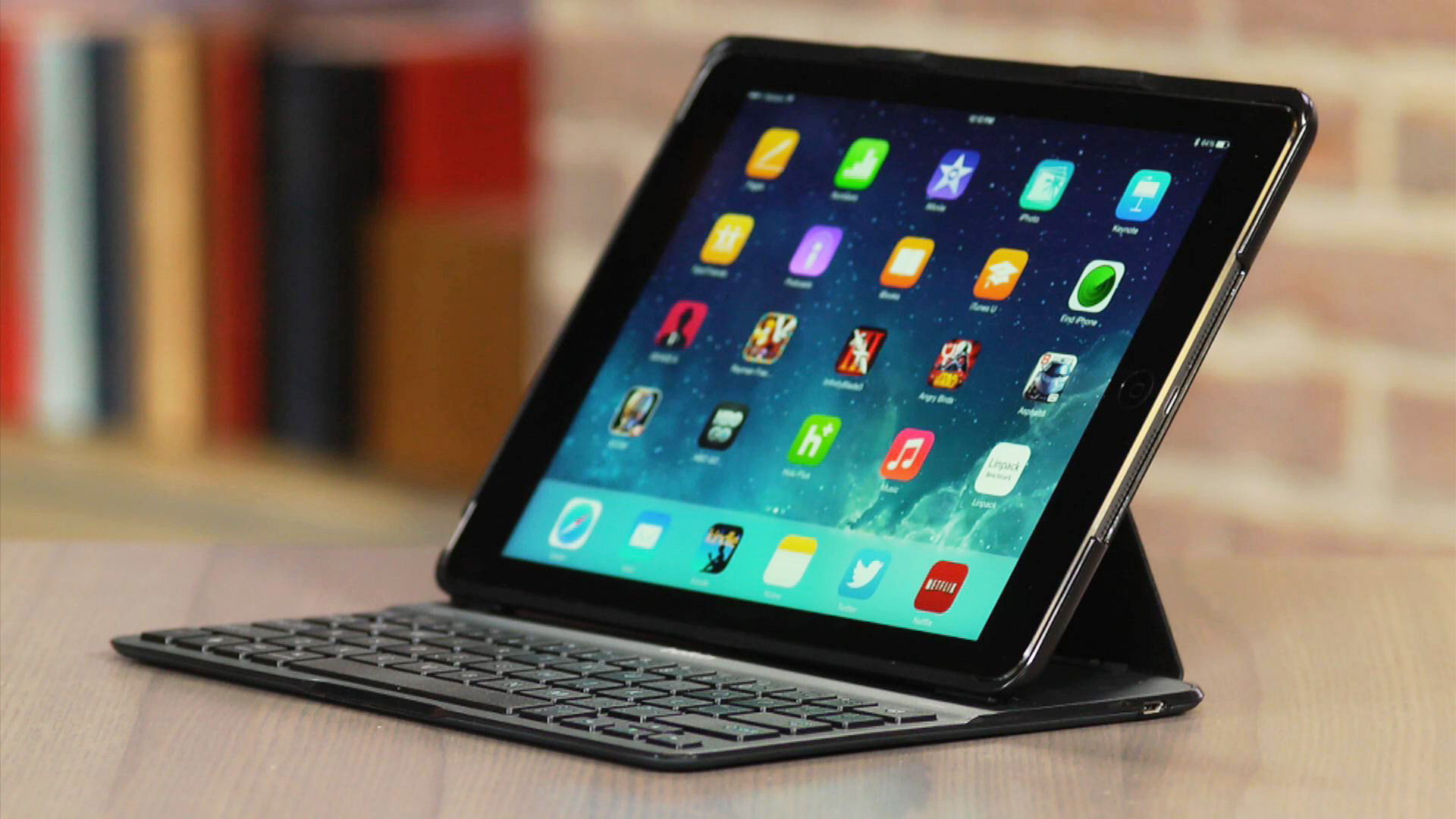 Video: Belkin Qode Ultimate Keyboard Case for iPad Air earns its name