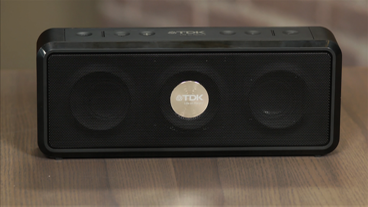 Video: TDK Life On Record A33 Wireless Weatherproof Speaker hands-on
