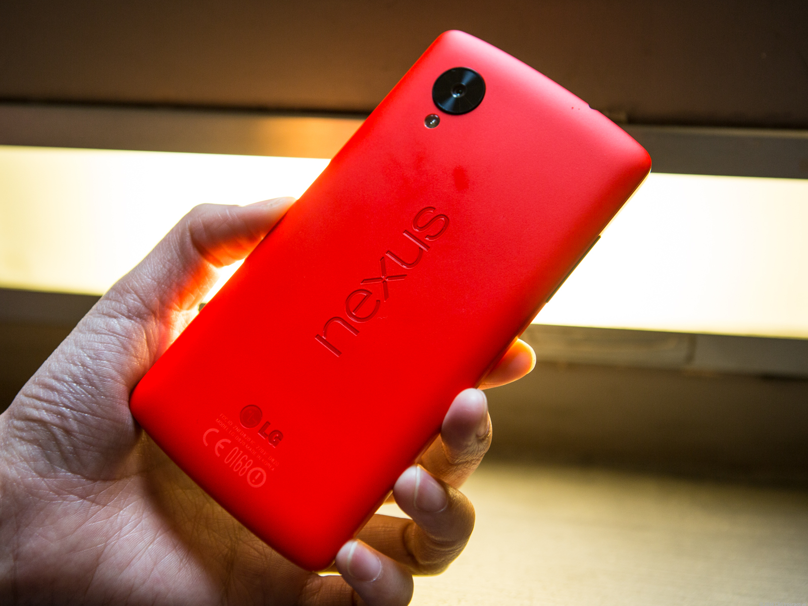 Nexus 5 (red)