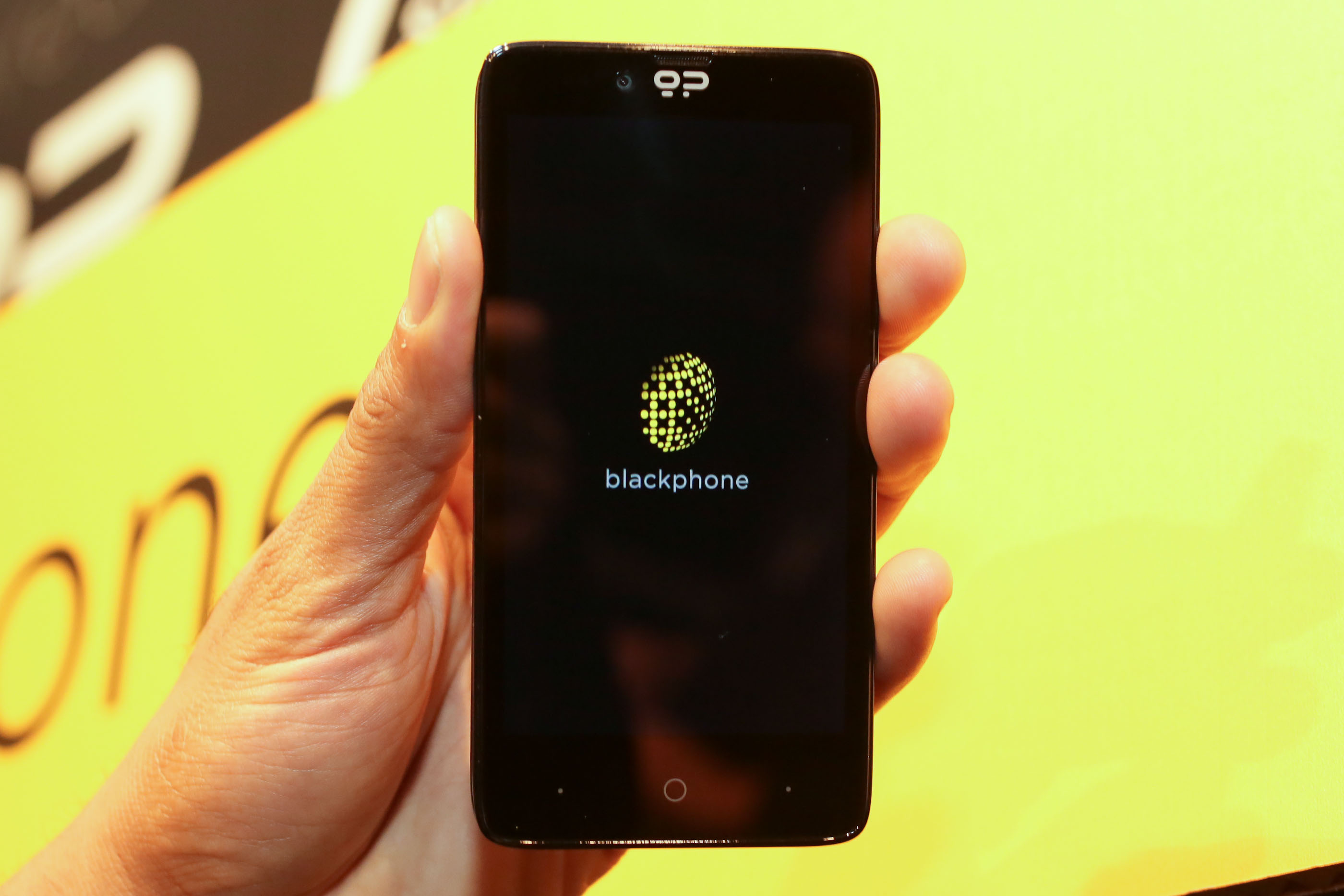 002Geekphone_Blackphone_35835123_add.jpg