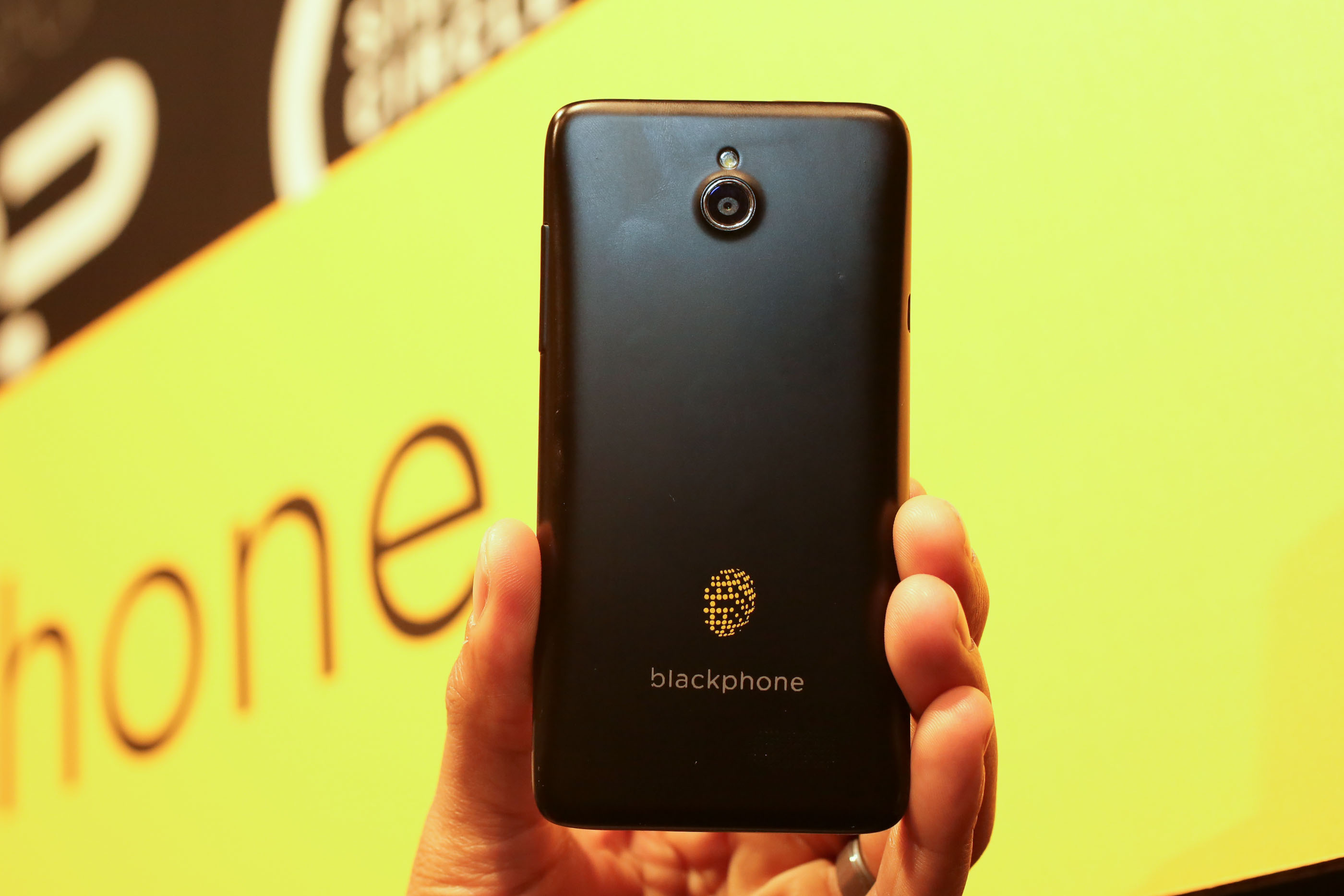 001Geekphone_Blackphone_35835123_add.jpg