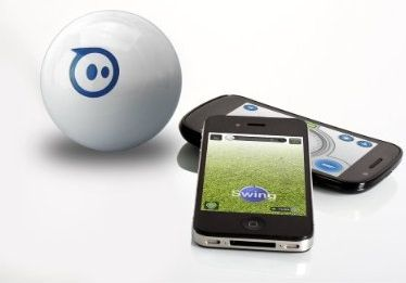 sphero-with-phones.jpg