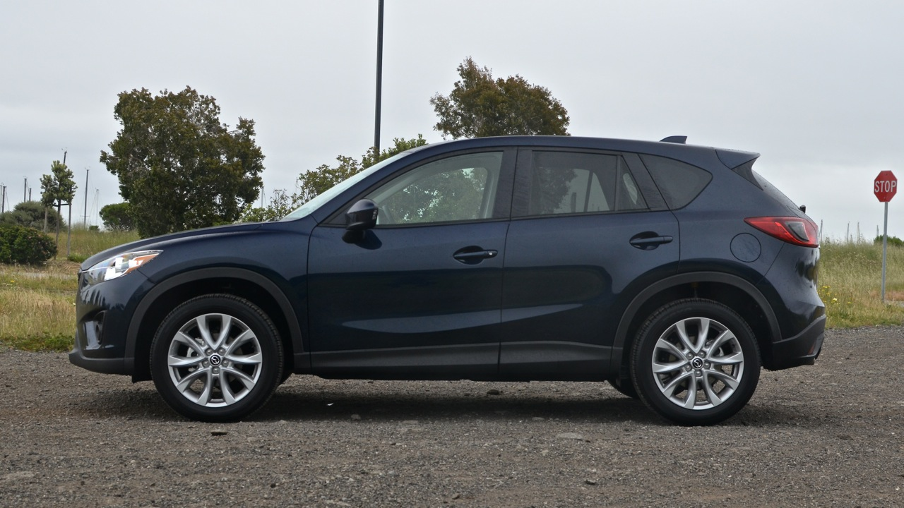 2014 mazda cx 5 grand touring review roadshow. Black Bedroom Furniture Sets. Home Design Ideas