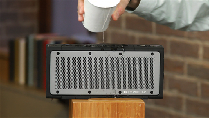 Video: Braven 855s: Water-resistant Bluetooth speaker is built like a tank