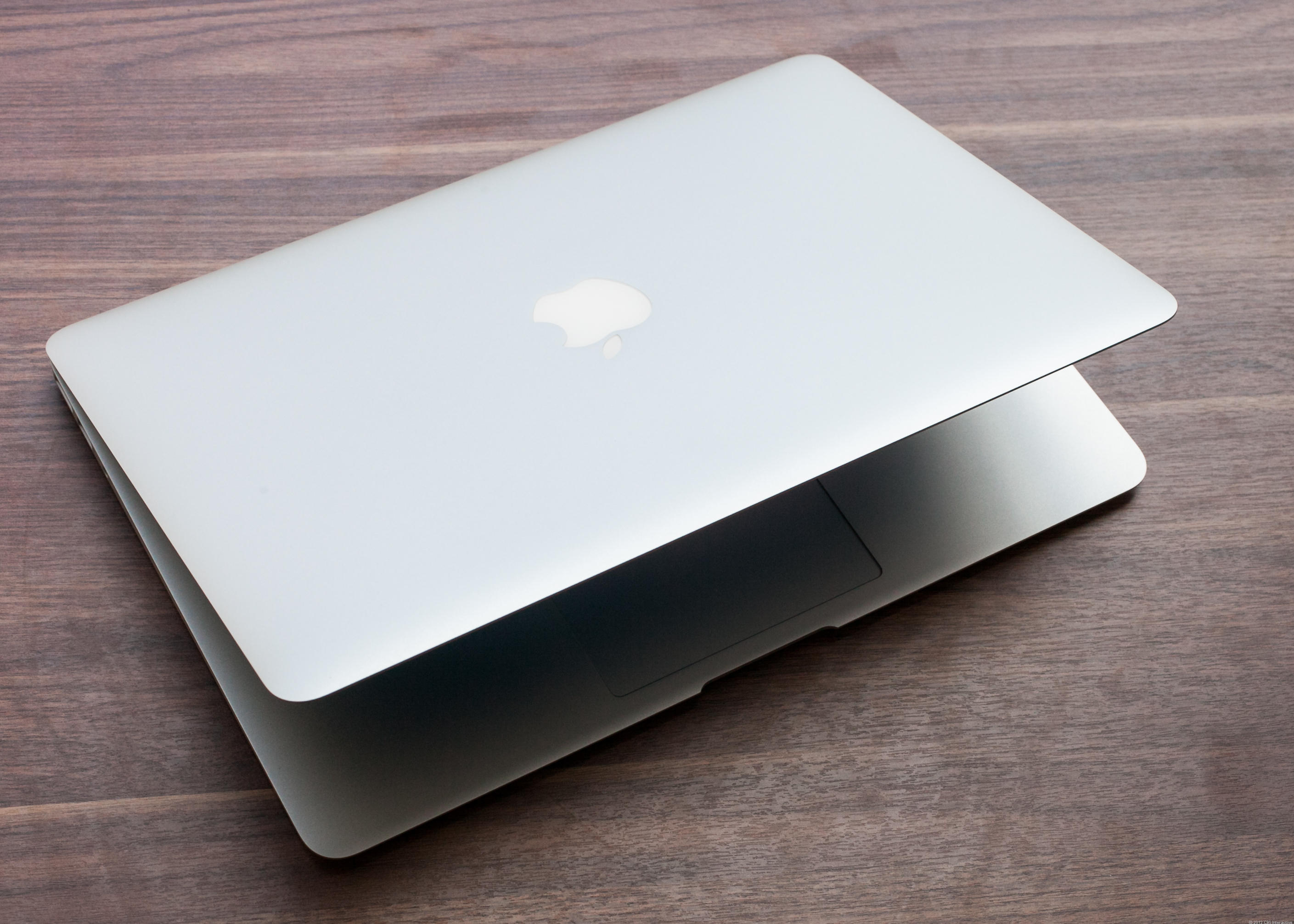 MacBook_Air_13-inch_35330106_15.jpg