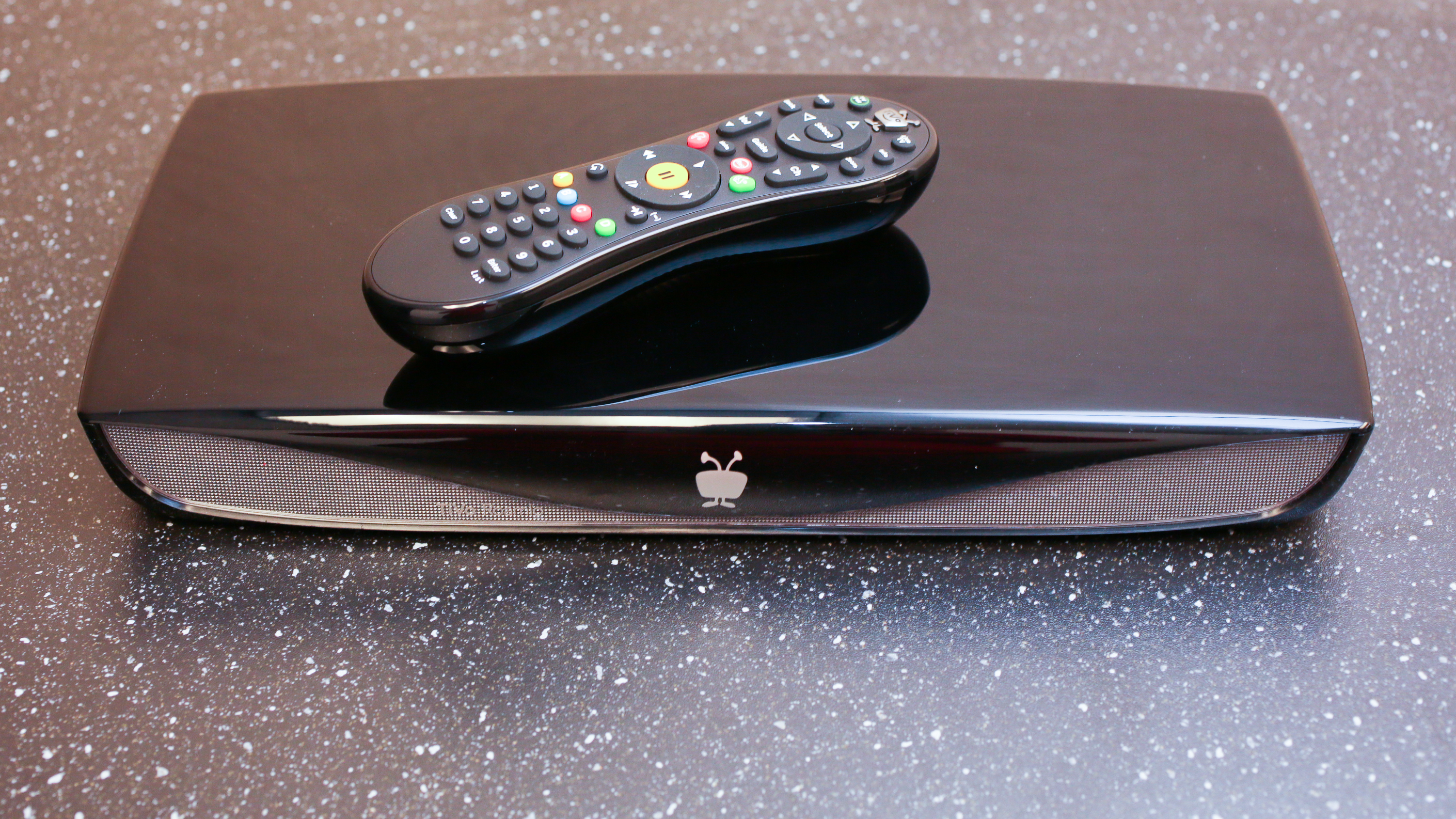 tivo-roamio-product-photos08.jpg