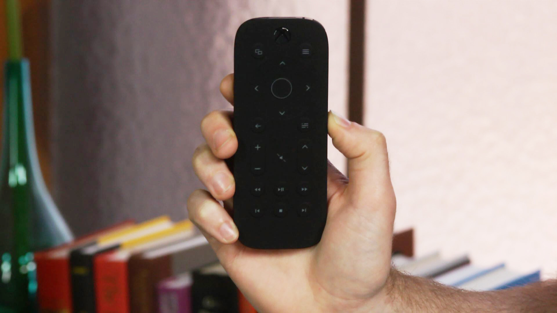 Video: Xbox One Media Remote: A must-have clicker to simplify the Xbox One