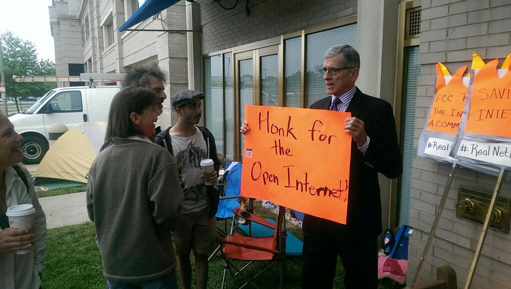 tom-wheeler-supporting-open-internet.jpg