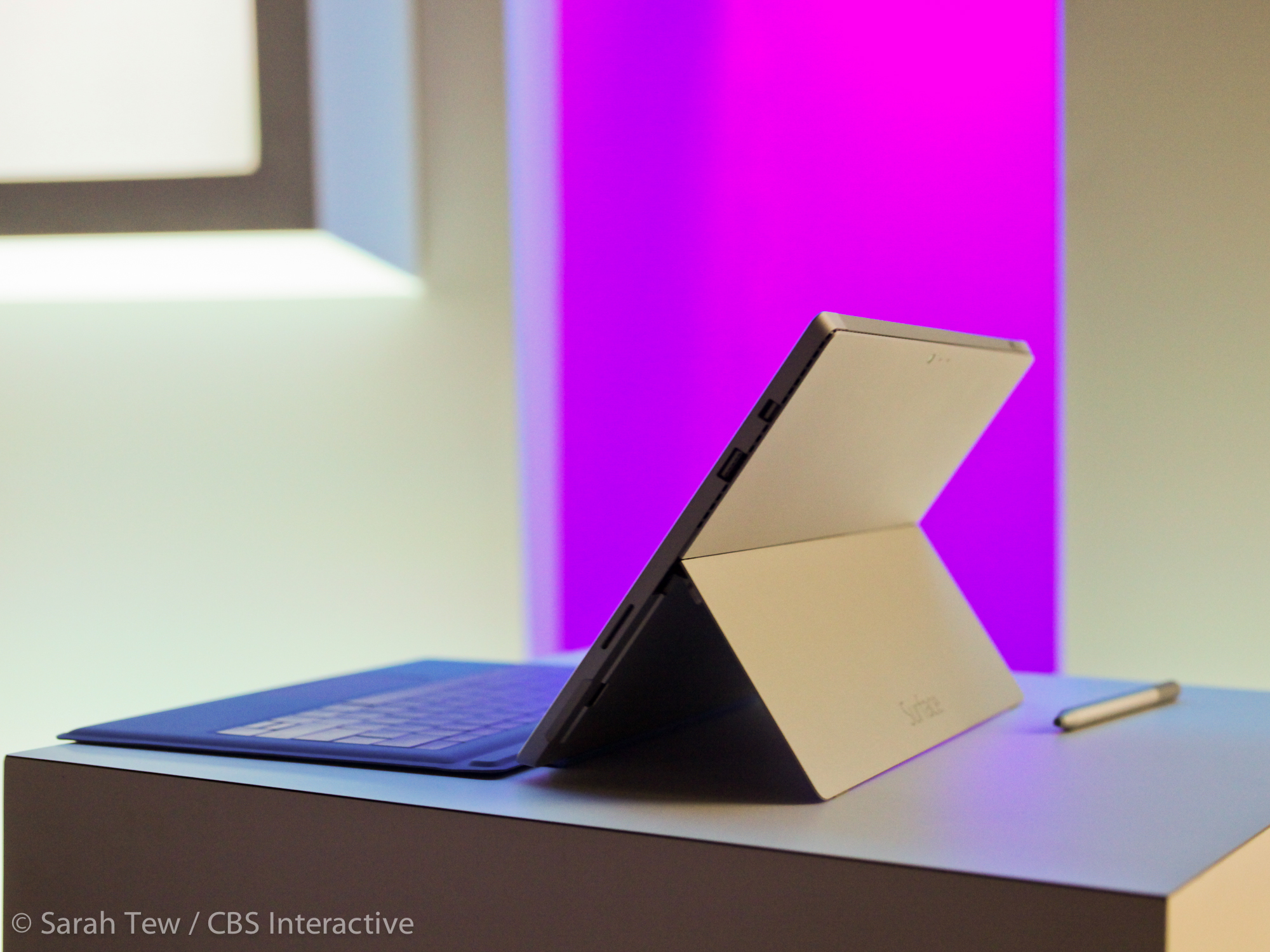 001microsoft-surface-pro-3-product-photos.jpg