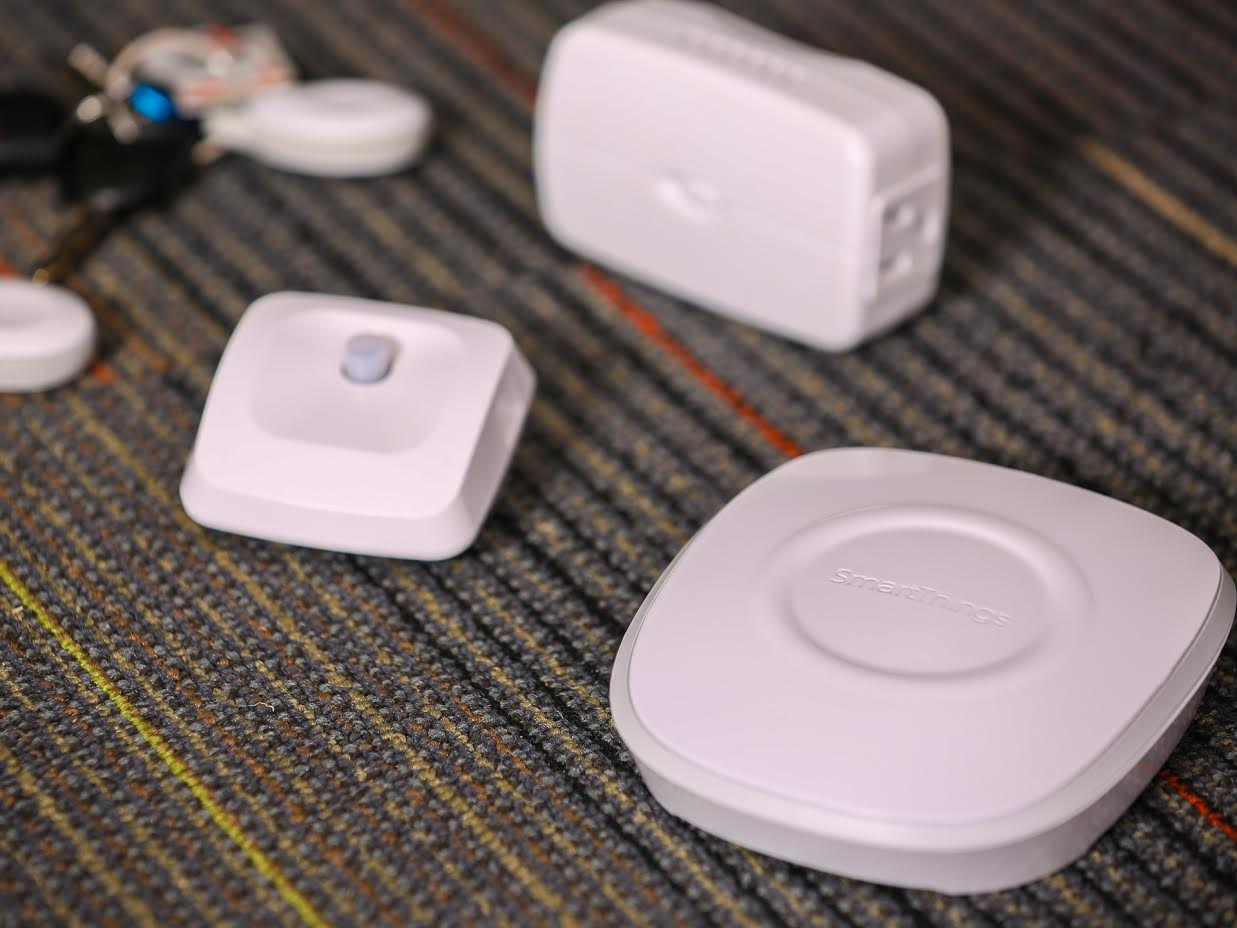smartthings-hub-and-devices.jpg