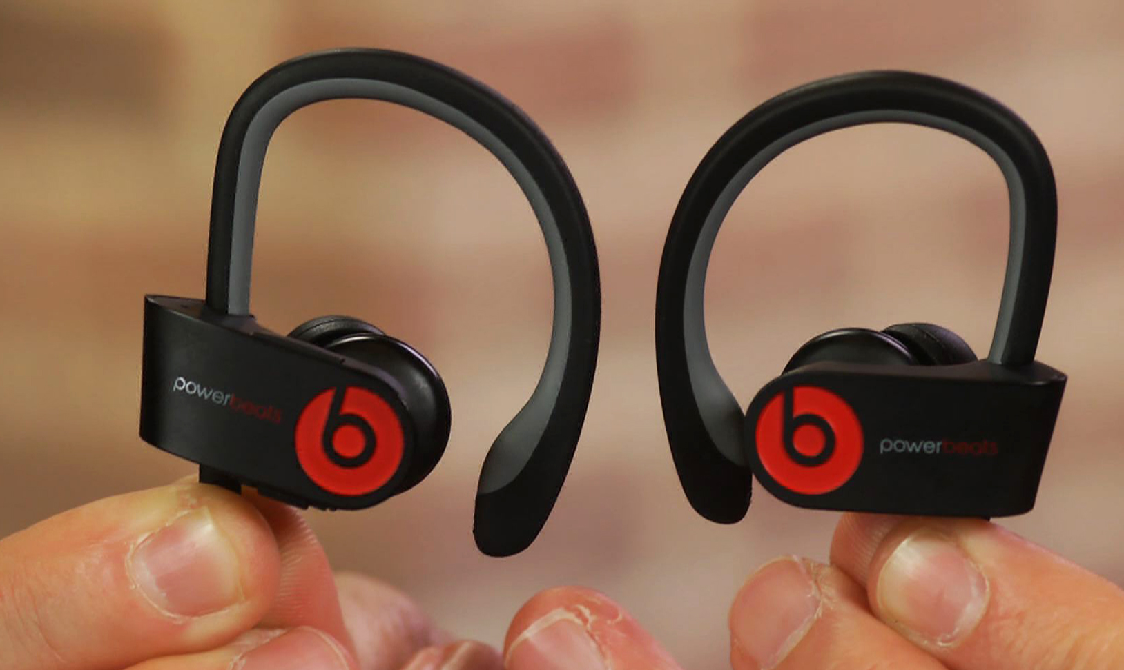 Video: Beats Powerbeats2 Wireless: Popular sports headphone goes wireless